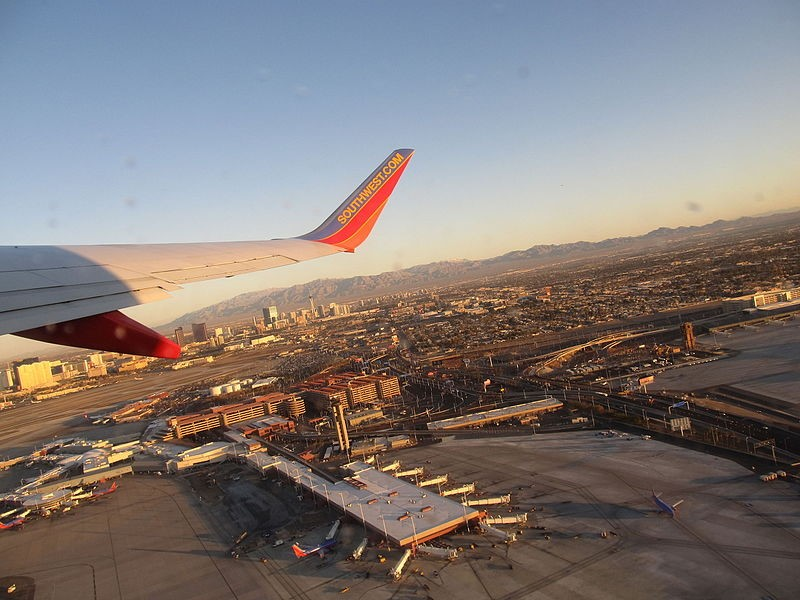 How to Save on Your Flight to Las Vegas